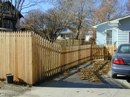 4 Foot High Wood Fencing http://coraencing.info/4-ft-wooden-privacy-fence/